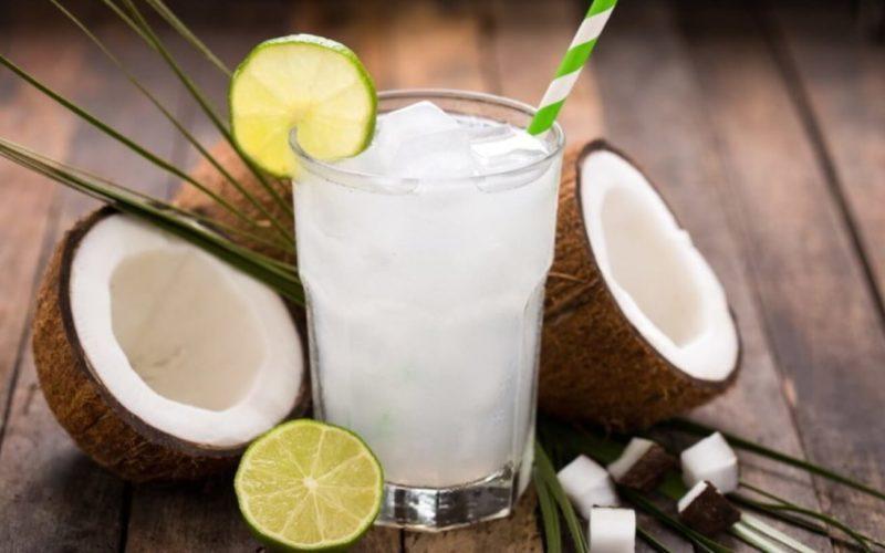 Es kelapa muda (